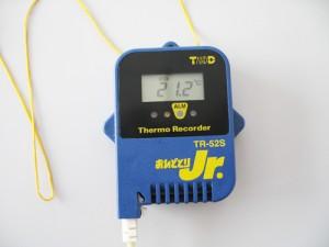 室内温度2012-4-24